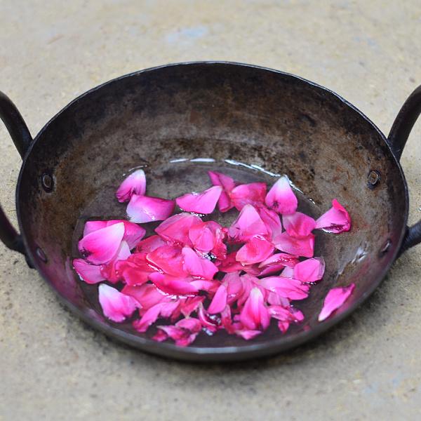 rose oil for face