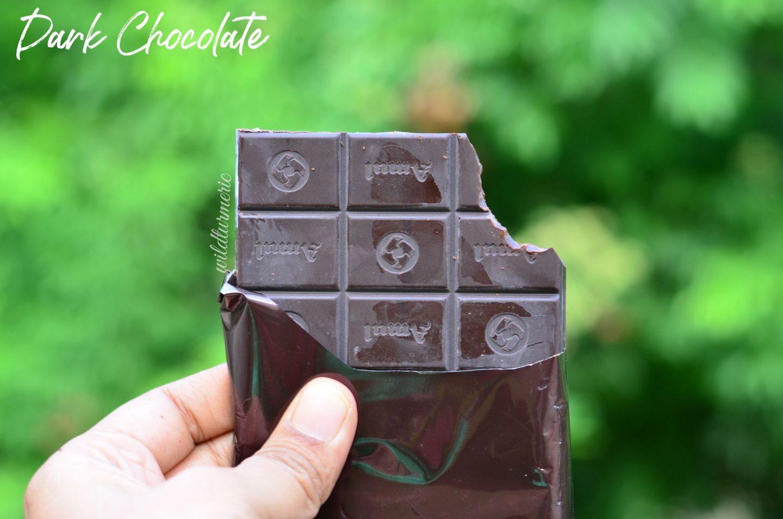 10 Health Benefits Of Eating Dark Chocolate Everyday !