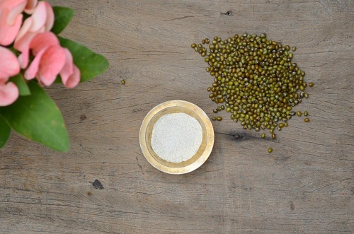 ayurvedic bath powder for glowing skin