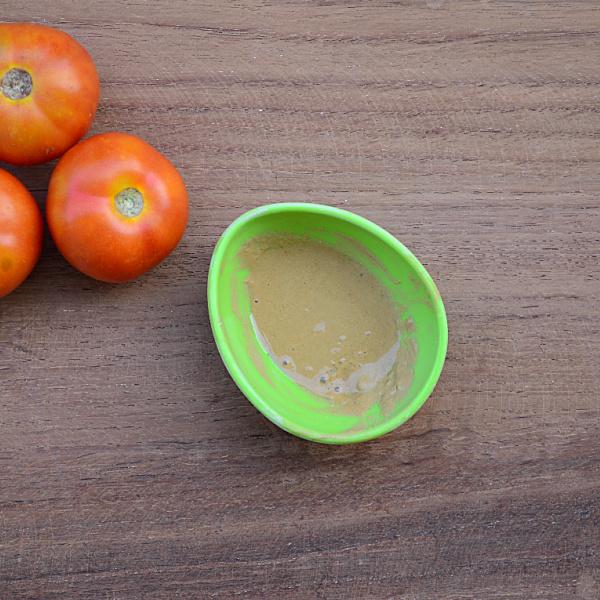 Tomato & Multani Mitti Face Pack For Oily Skin