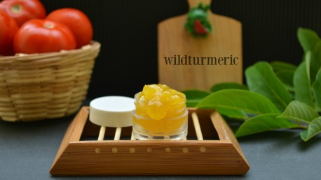 Tomato & Aloe Vera Face Pack For Sunburn