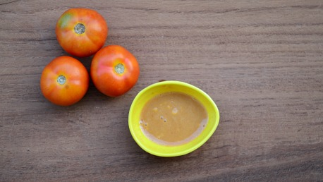 Tomato & Milk Face Pack For Dry Skin